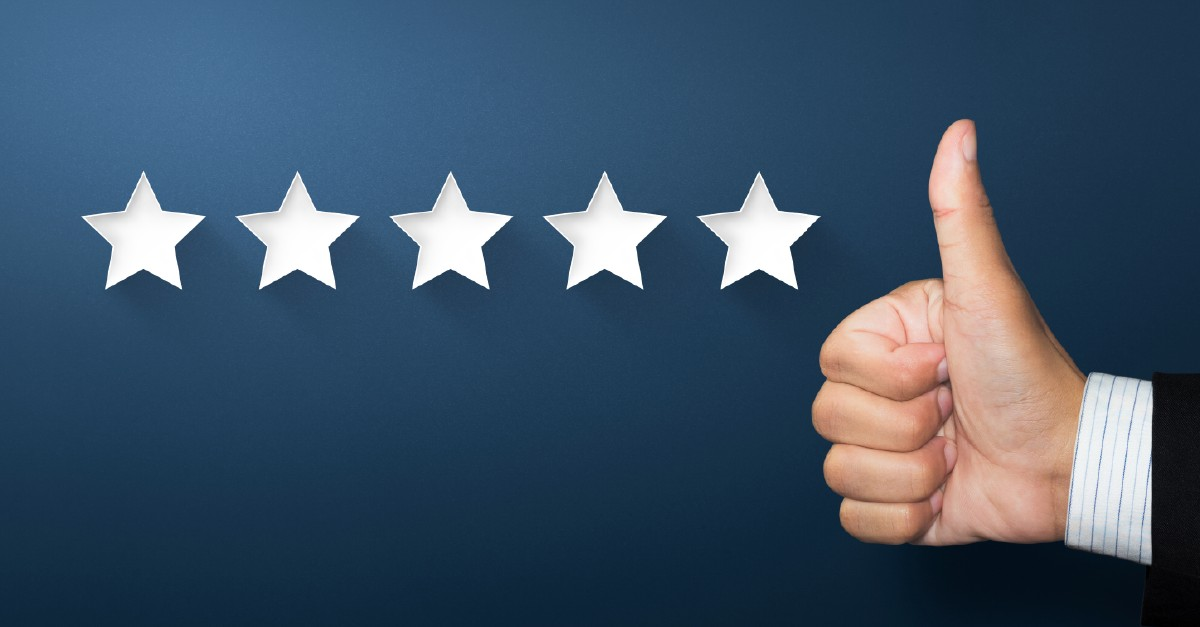 "<img src=""https://blog.virtualmind.com/hubfs/FotosBlog-03.png"" class=""hs-featured-image"" alt=""Five stars and a thumbs up hand meaning Latin America has 5 positive reasons to be chosen to outsource software"